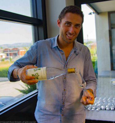 Lorenzo Marolo Pouring